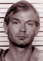 Jeffrey Dahmer. Serial killer polideviante con la passione per gli organi.
